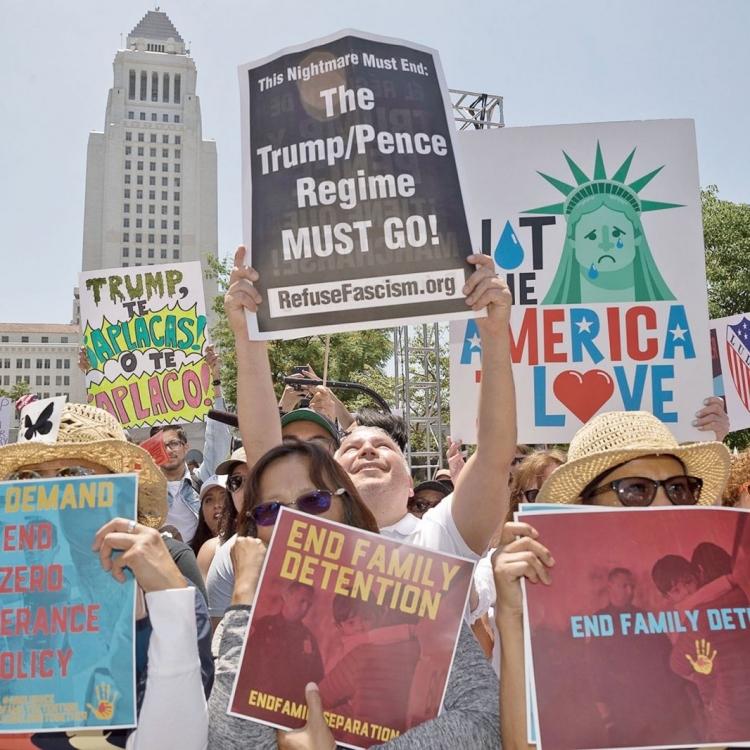 全美爆發逾700場示威
