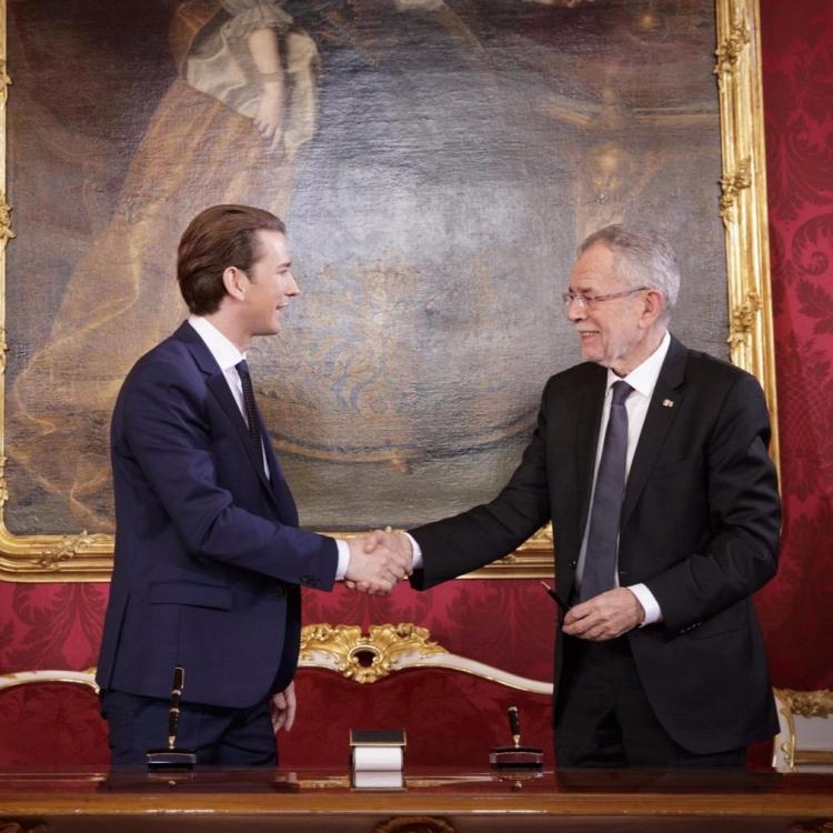31歲庫爾茨宣誓就任奧地利總理