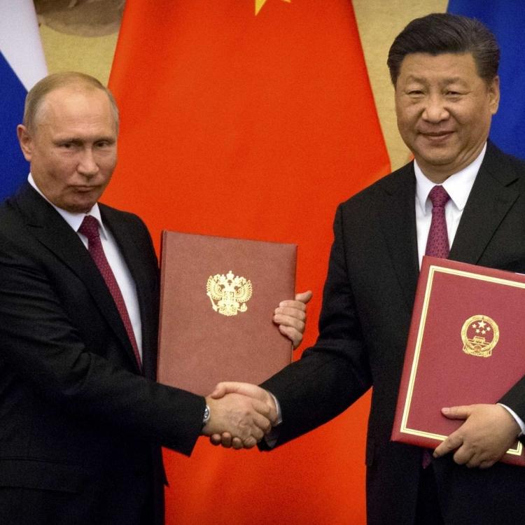 兩人赴天津出席中俄友好交流活動