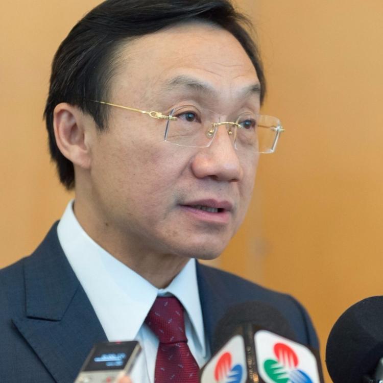 譚俊榮:文化局運作正常