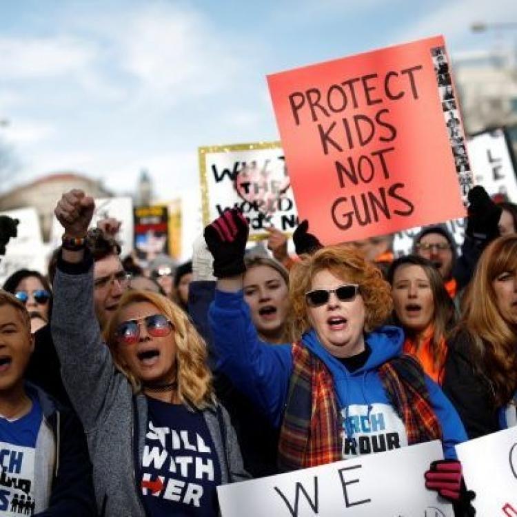 民眾怒吼:控槍不能等
