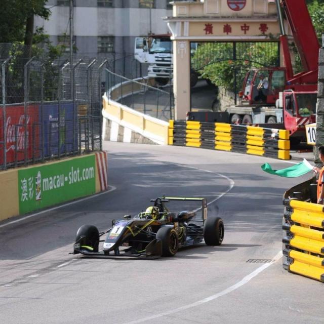 諾利斯排位賽造最快圈速