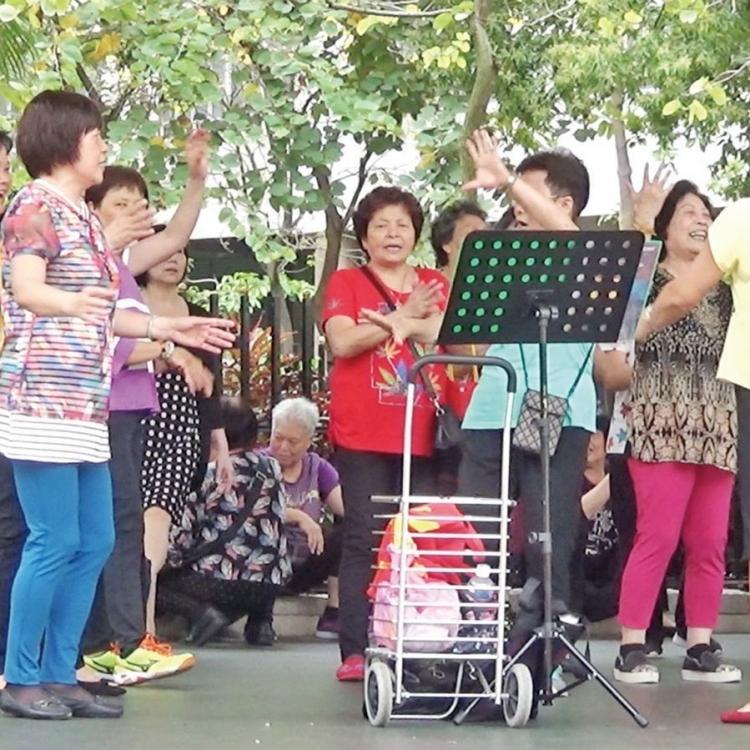 民署:祐漢街坊接受移師活動中心唱跳