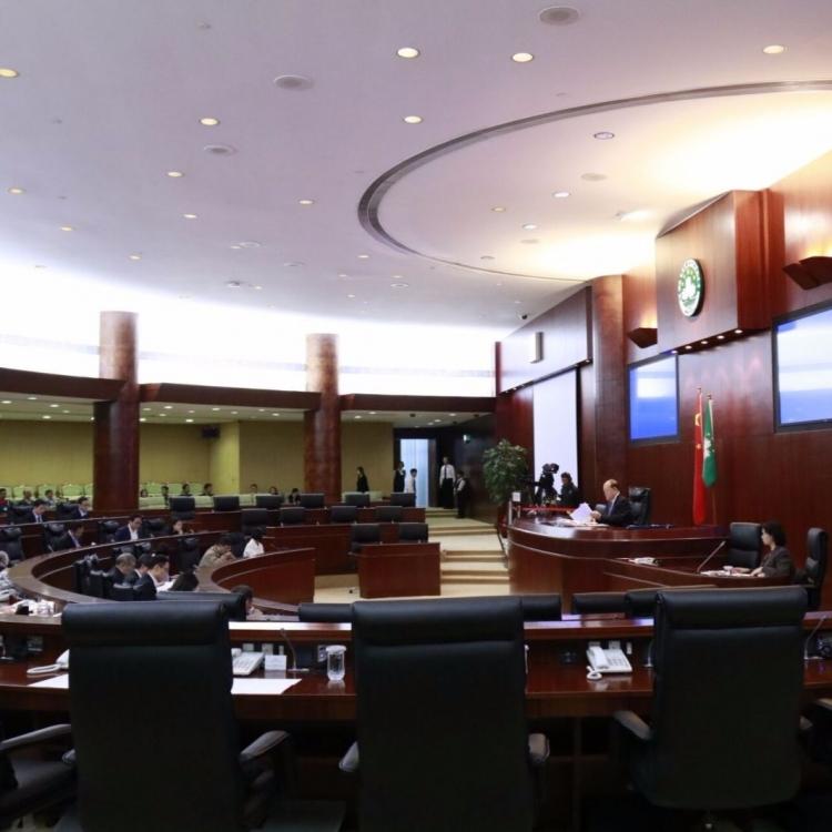 立法會通過明年度政府財政預算案