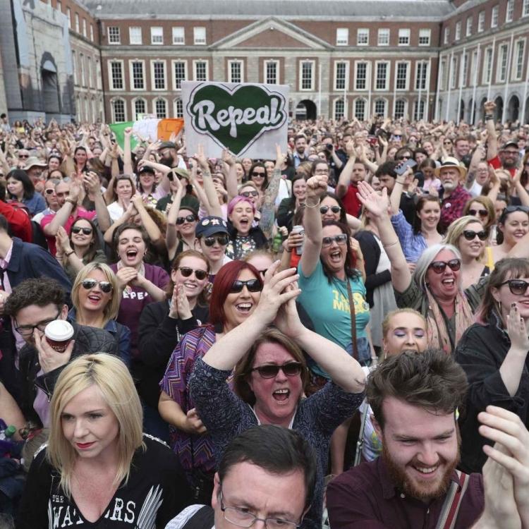 愛爾蘭公投66%撑放寬墮胎禁令