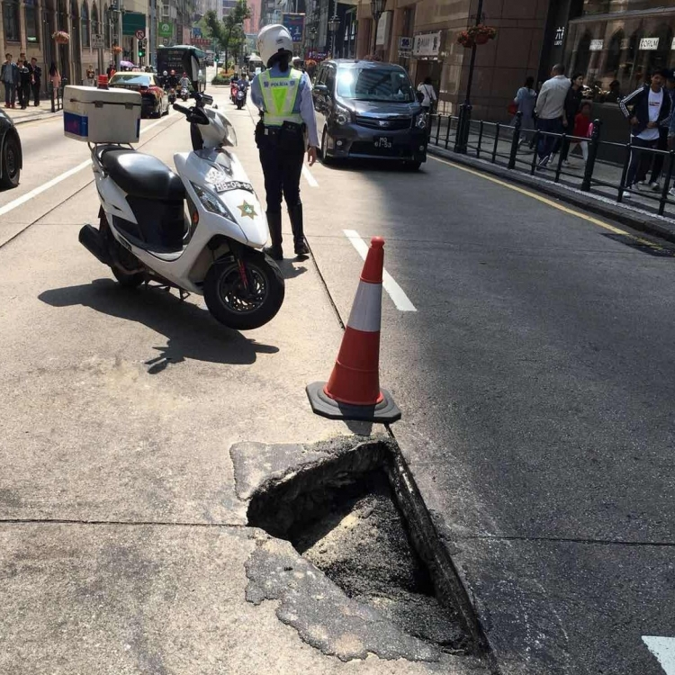街總促加強舊區道路保養