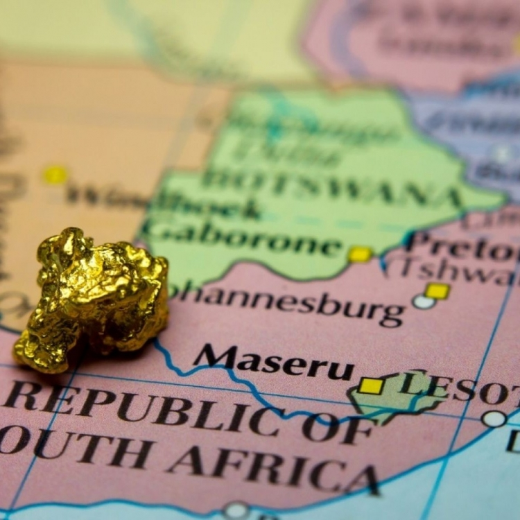 南非有金礦塌陷13礦工被困