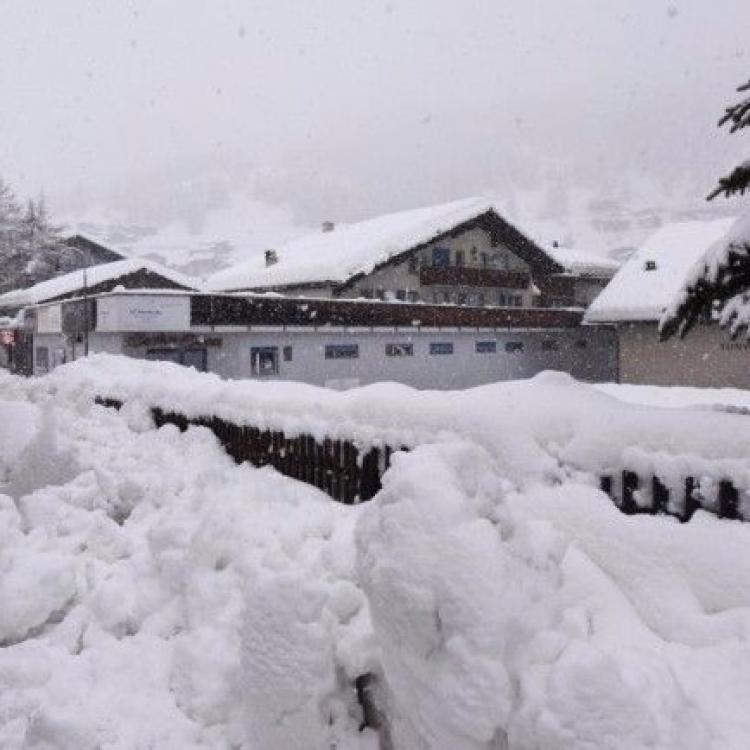 當局憂大雪增雪崩危險