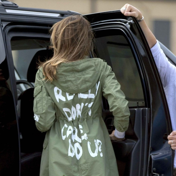 外套竟寫:我真的不在乎