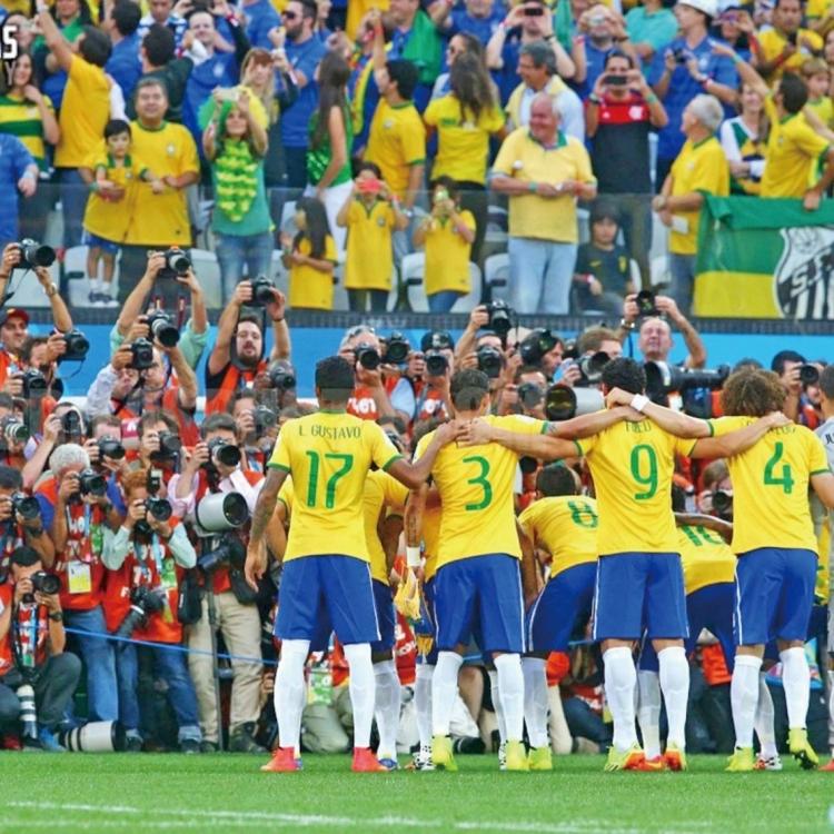 世盃揭幕戰傳統有波入?