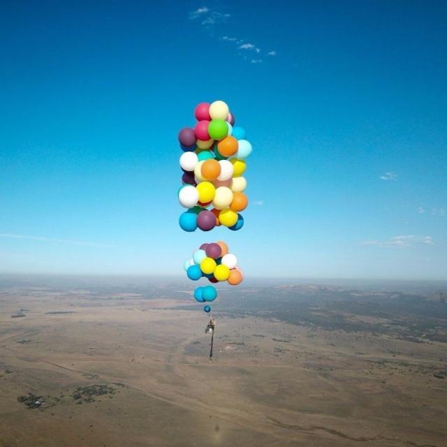 100個氣球飛越南非