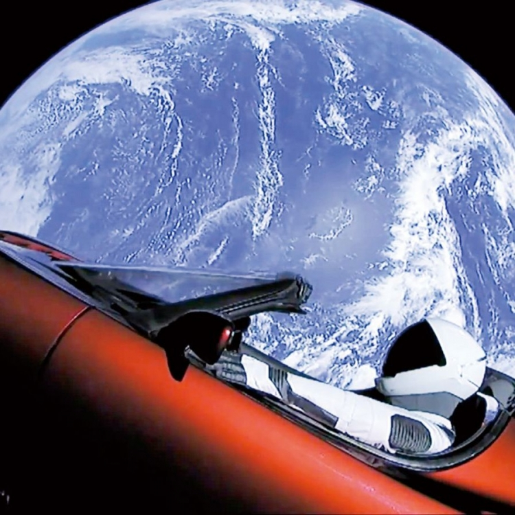 馬斯克送跑車太空漫遊