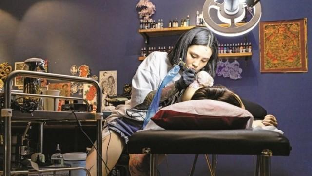 90後女紋身師 一手追夢