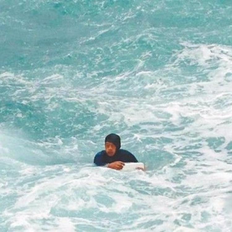 台七旬翁被大浪捲落水溺亡