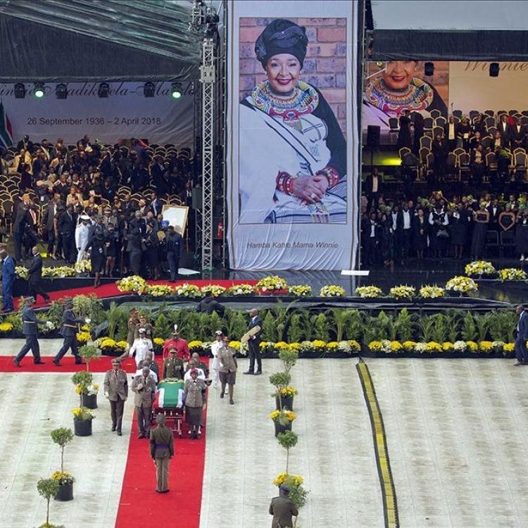 南非為曼德拉前妻雲妮舉行國葬