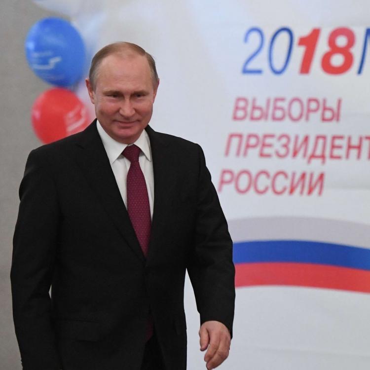 普京到莫斯科票站投票
