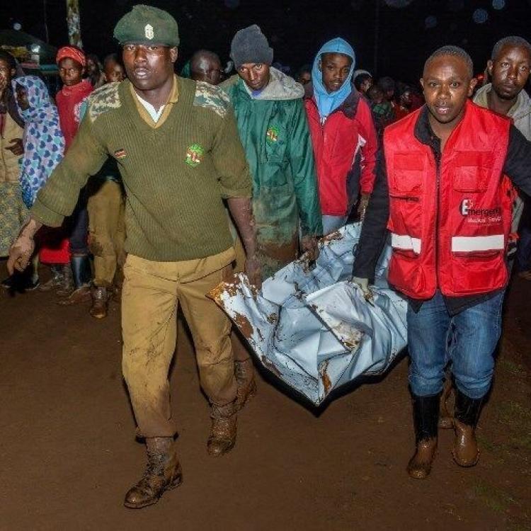 肯尼亞水壩潰堤至少38死