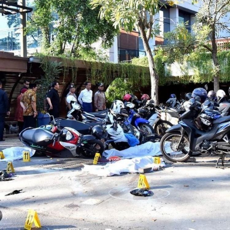 警察總部遇襲七死多傷