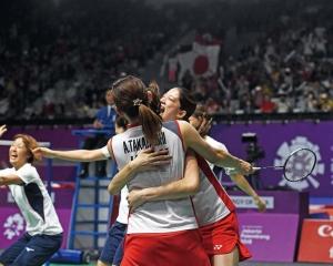 日本亞運羽球女團奪冠