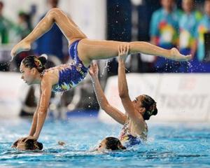 澳門藝術游泳代表得第八