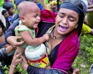 兩記者被囚七年 路透痛批緬甸民主大退步