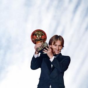 莫迪歷:足球勝利日