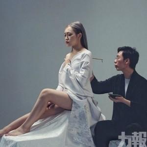 陳倚俐人體書法講故事