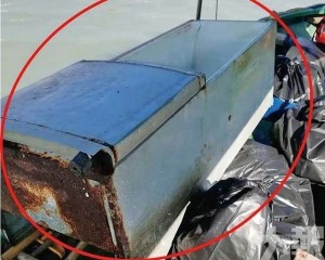 內港筷子基淪海上垃圾崗