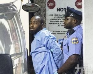 七警受傷槍手被拘