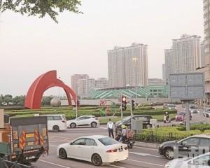 東方明珠行車天橋前期工程下月開展
