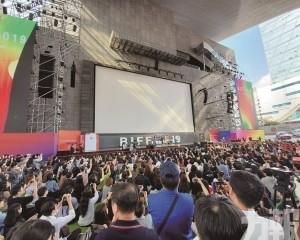 1220赴「釜山國際電影節」