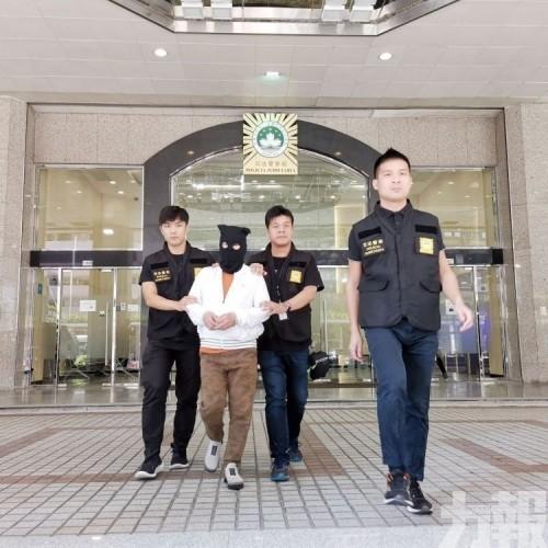 司警偵破先後拘四名香港成員