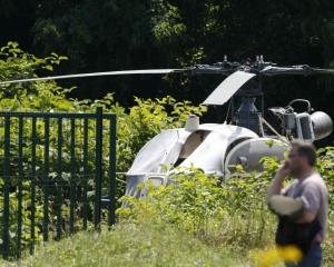 法國重犯搭直升機快閃逃獄