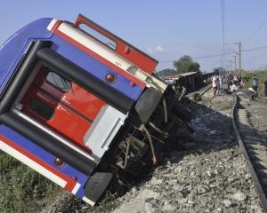 土耳其火車出軌增至24死318傷