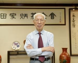 香港慈善家田家炳離世 享年99歲
