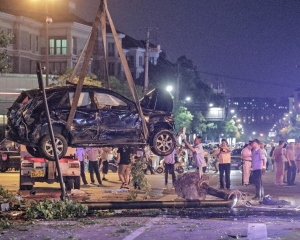 杭州汽車失控撞人群4死13傷