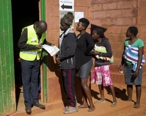 津巴布韋大選投票率逾7成