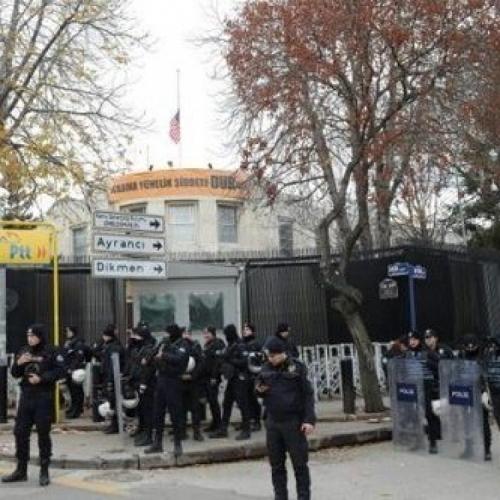 美國駐土耳其大使館遭槍擊 槍手在逃