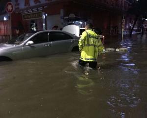 深圳一度發布紅雨預警
