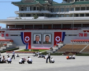朝鮮今日舉行建國70周年閱兵