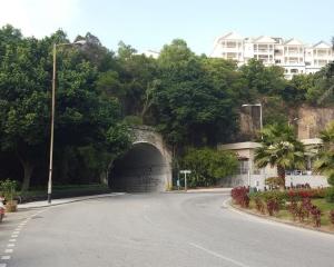 氹仔隧道周五凌晨封閉