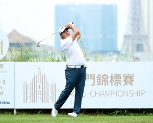 韓國高球手白托德首日跑出