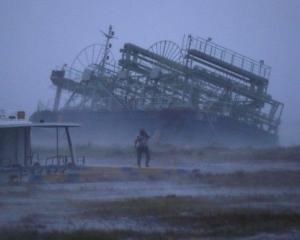 66人受傷 一人疑被洪水沖走