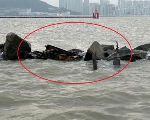 兩中國男獲救