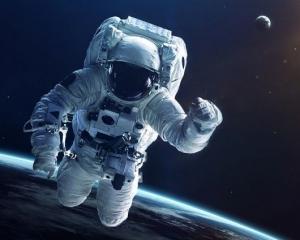 【宇宙英雄】漂浮太空的5具「遺體」