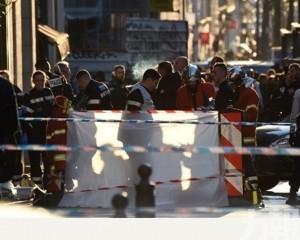 法男街頭持刀傷4人被警開槍擊斃