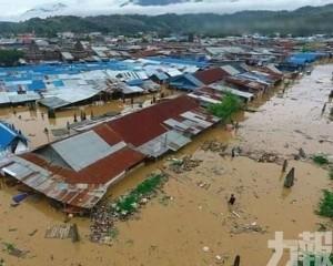 印尼東部暴雨引發洪水42死 包括4名遊客