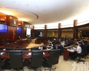 立法會通過設專責委員會調查之辯論動議
