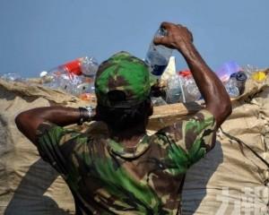 印尼遣返五箱美國「洋垃圾」