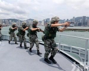 駐港部隊組織聯合海空巡邏演練